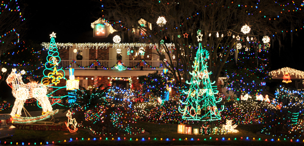 Christmas In The Park 2021 Lafreniere St Charles Parish News Five Homes To Visit Before Christmas